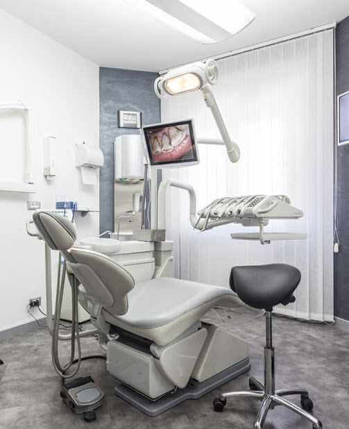 Luxury dental hospital India